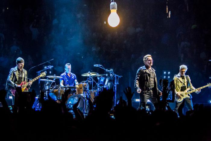 U2 2015-06-06-01-7046
