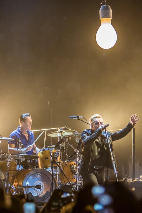 U2 2015-06-06-18-6848