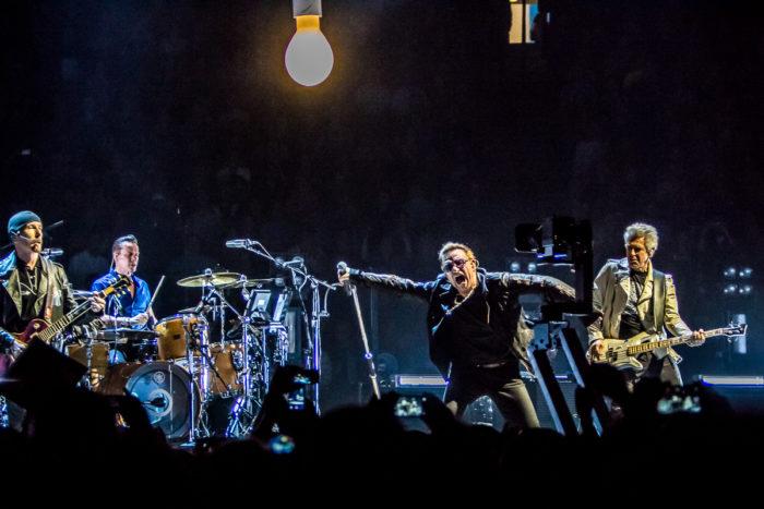 U2 2015-06-06-26-6924