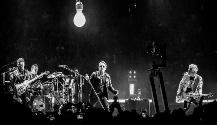 U2 2015-06-06-29-6955
