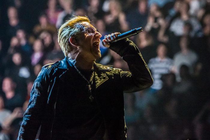 U2 2015-06-06-31-7109