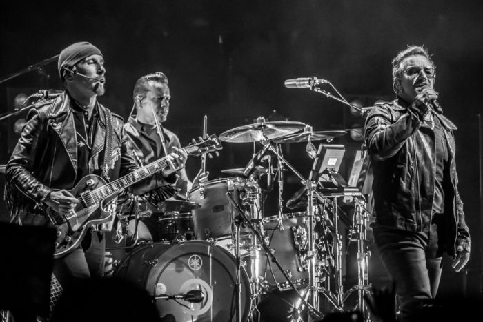 U2 2015-06-06-33-6984