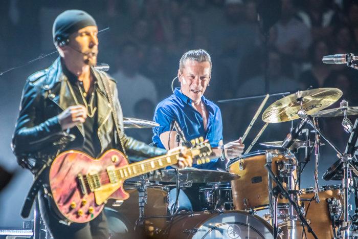 U2 2015-06-06-34-7130