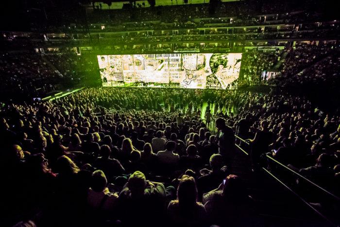 U2 2015-06-06-37-6657