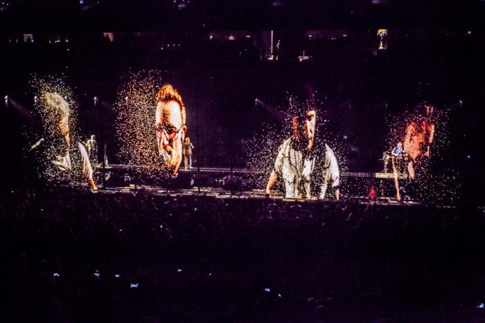 U2 2015-06-06-46-6767