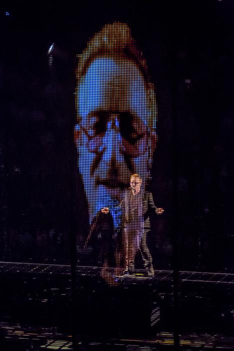 U2 2015-06-06-52-7222