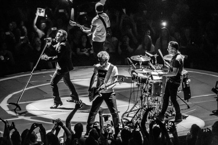 U2 2015-06-06-59-7270