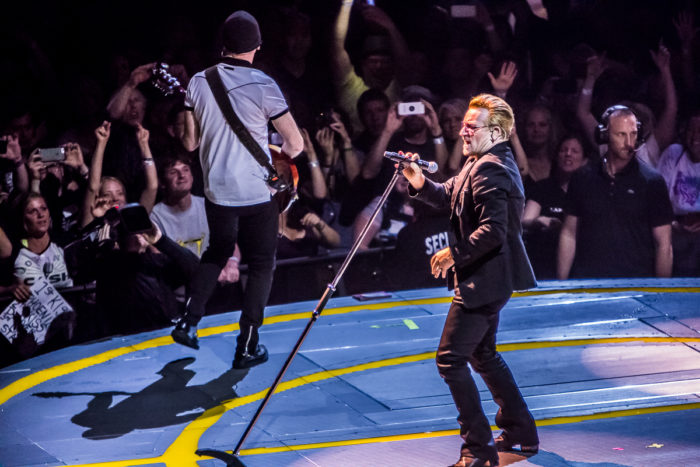 U2 2015-06-06-60-7252