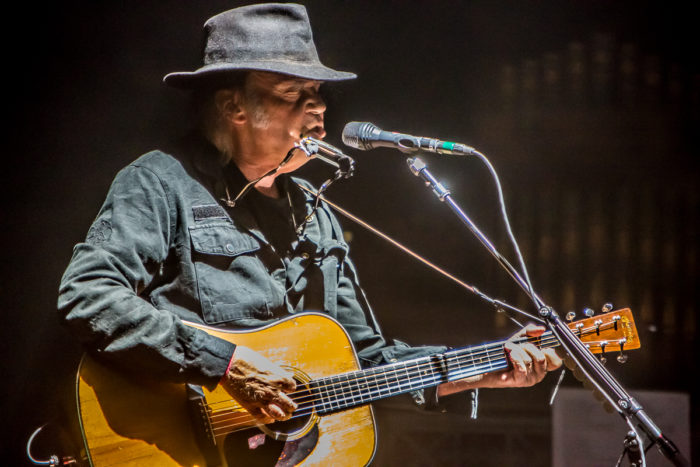 Neil Young 2015-07-08-25-9724