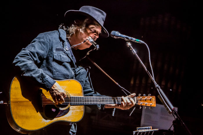 Neil Young 2015-07-08-27-9757