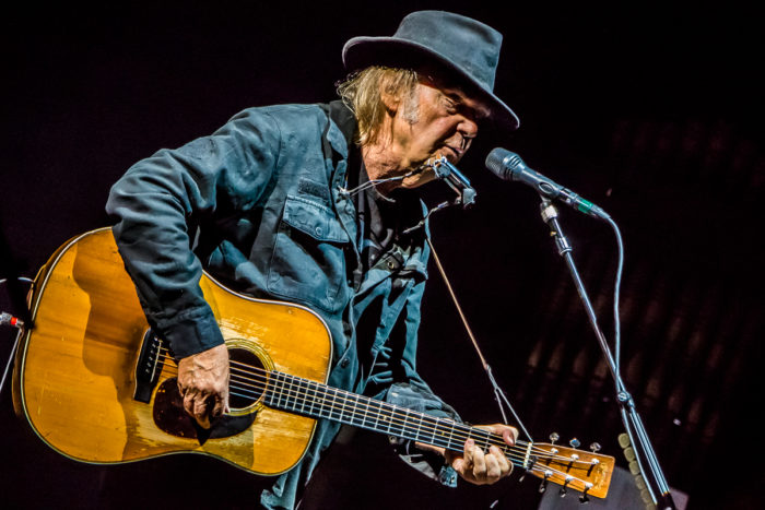 Neil Young 2015-07-08-28-9875