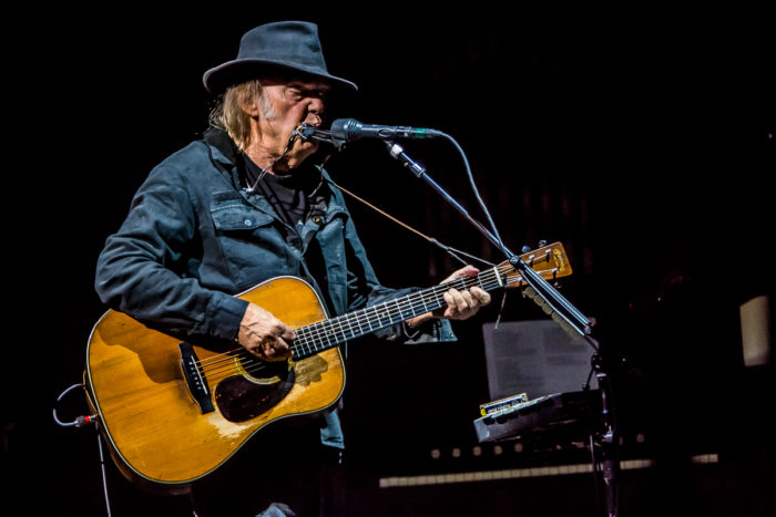 Neil Young 2015-07-08-29-9921