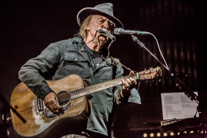 Neil Young 2015-07-08-31-9789