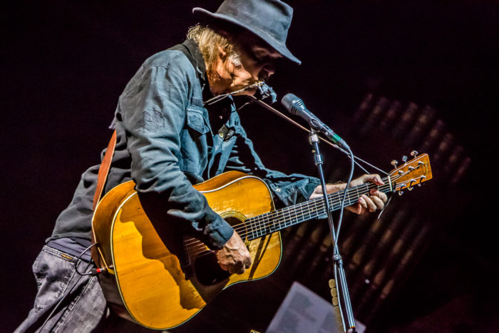 Neil Young 2015-07-08-32-9998